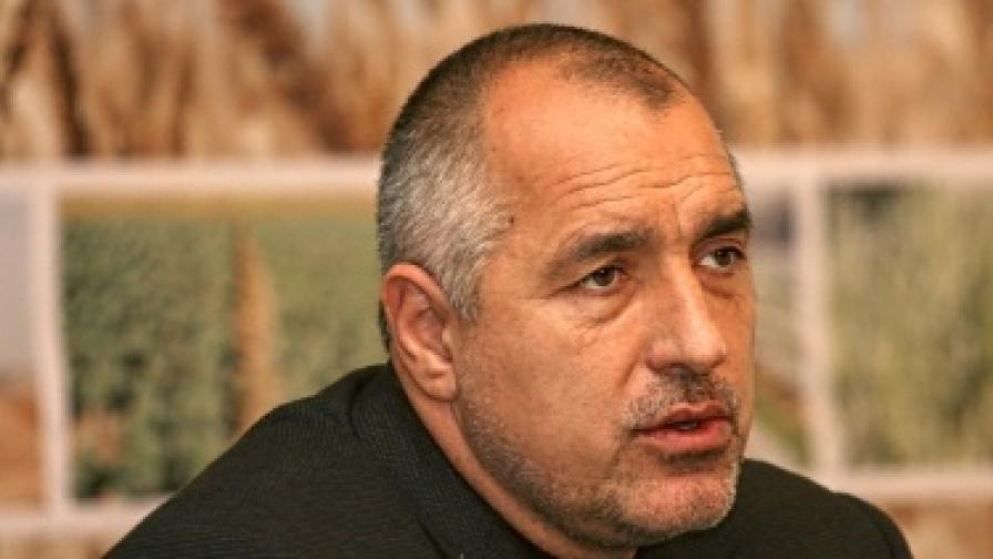 Борисов иска проверки на договори на Станишев