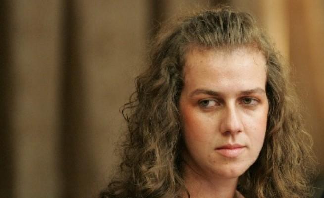 Съдът: Детето на Спаска остава при баща си