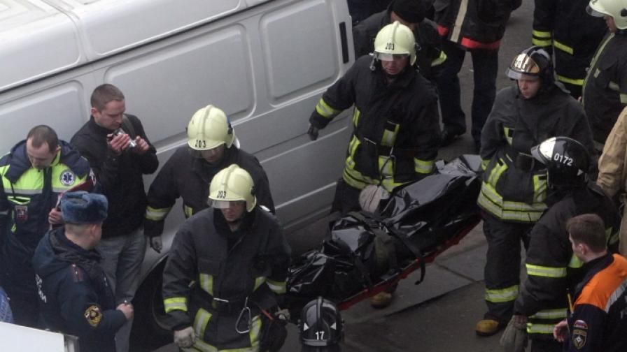 """Изнасят труповете на жертвите от терористичната атака в станция """"Парк на културата"""" на московското метро"""