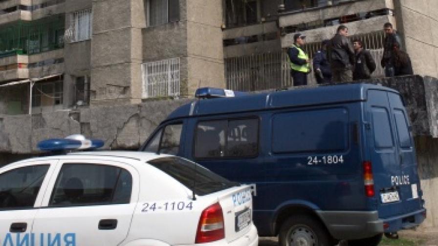 """Дете почина след паднане от 14-ия етаж в жк """"Люлин"""""""