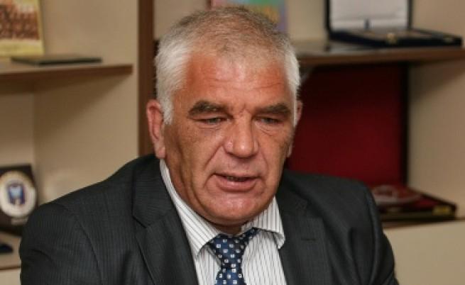 Ваньо Танов: По-високият акциз на цигарите е неудачен по време на криза