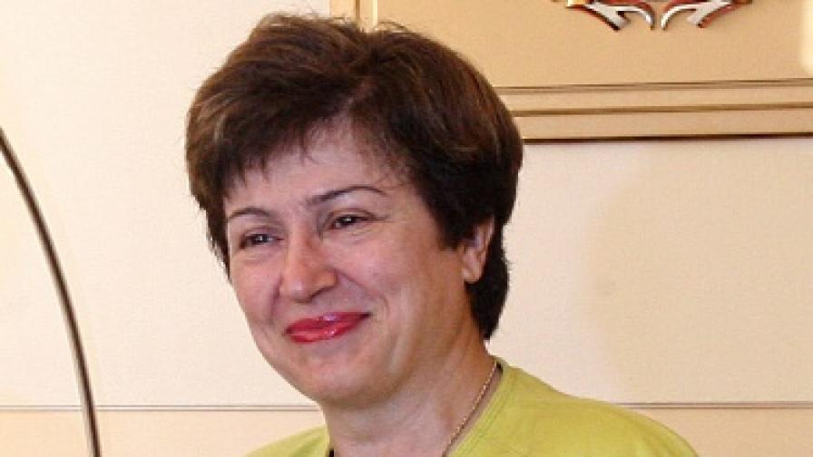 Кристалина Георгиева: Едва ли ще има санкции за дефицита