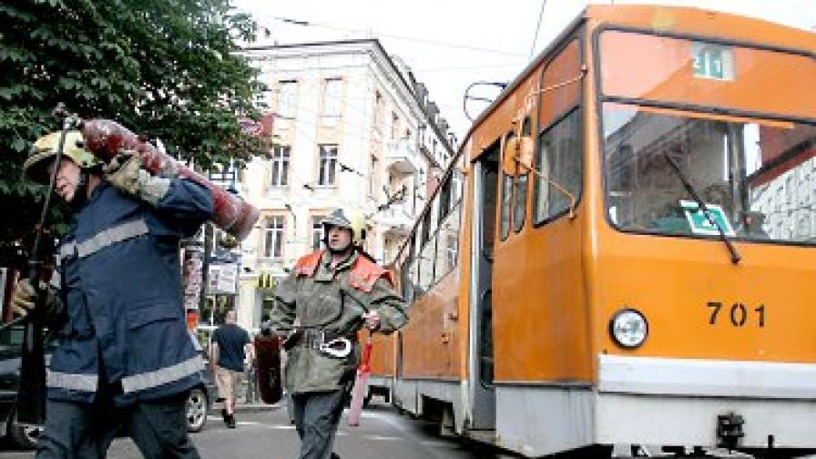 Трамвай се подпали в столицата