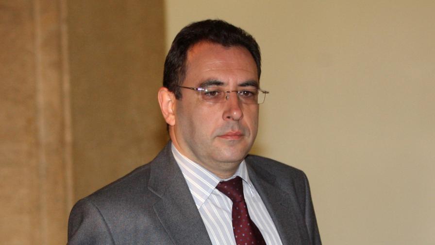 Транспортният министър за БДЖ: Реформи за заем