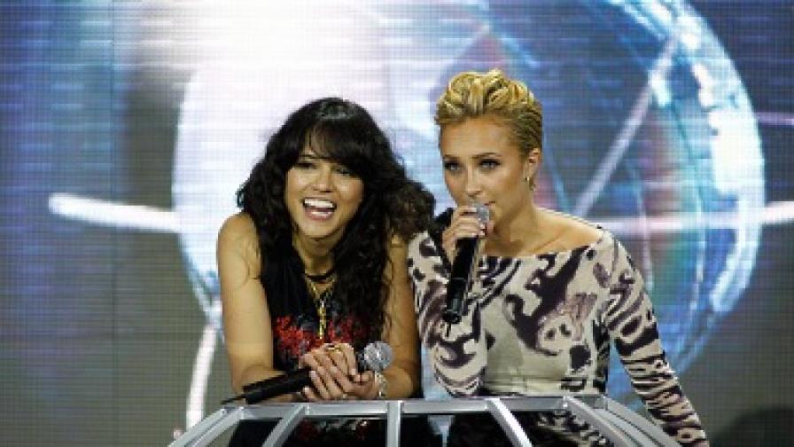 Актрисите Мишел Родригес и Хейдън Панетиер бяха водещи на церемонията в Монте Карло