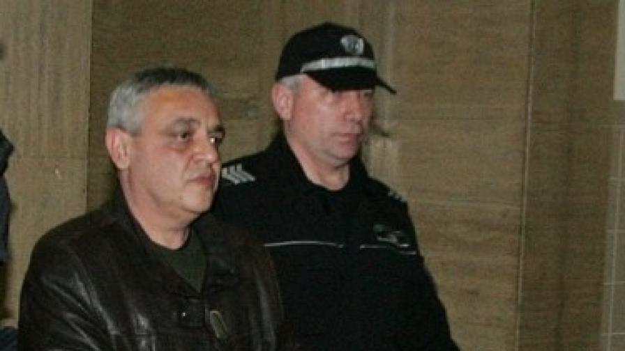 Съдът пусна Тенчо Попов от ареста