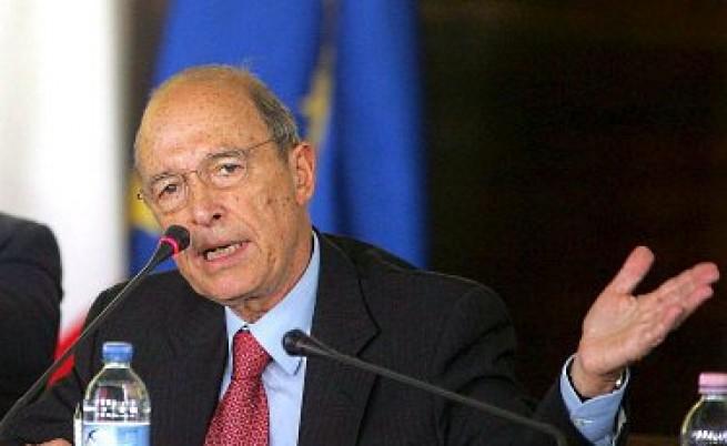 Бивш гръцки министър призна, че бил подкупен от