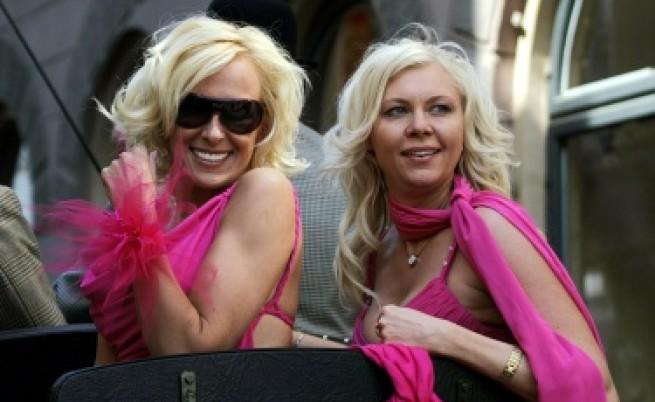 Блондинки срещу кризата