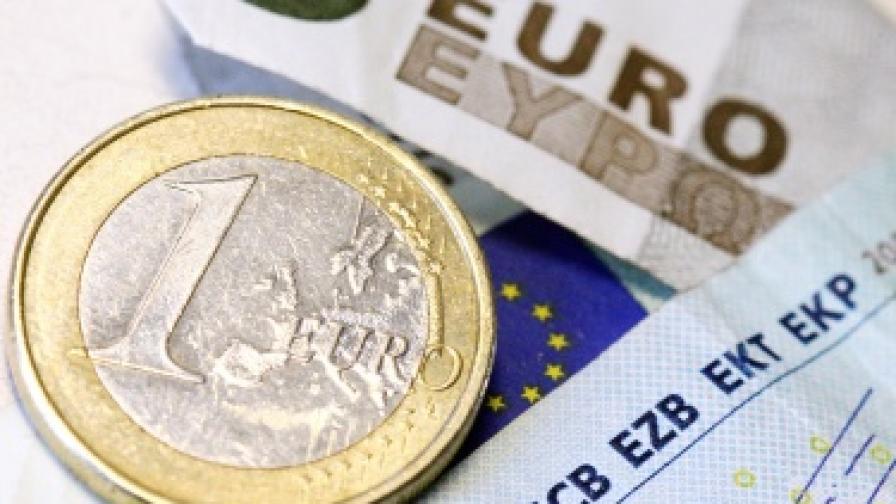 Икономисти прогнозират крах на еврото