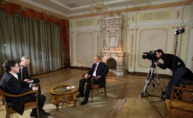 Как Путин взима душата на журналистите