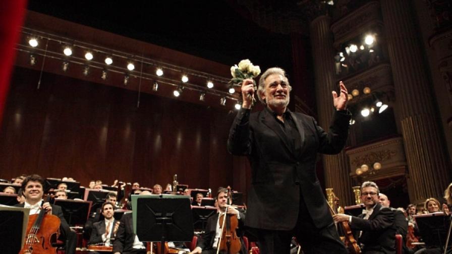 На 10 декември 2009 г. Пласидо Доминго празнува 40-годишнината на своя дебют в Миланската скала