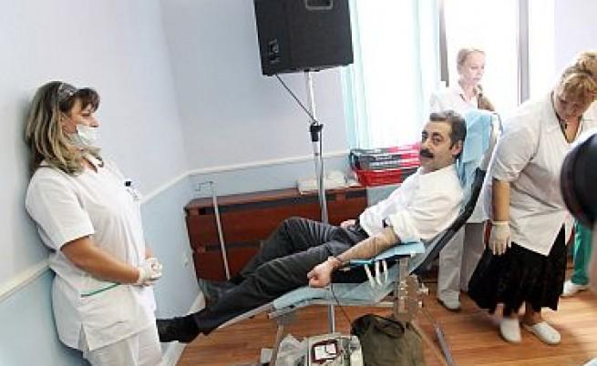 Българите не даряват достатъчно кръв