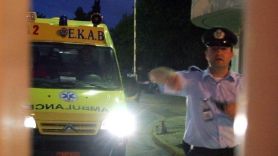 Бомба в гръцко министерство уби полицай