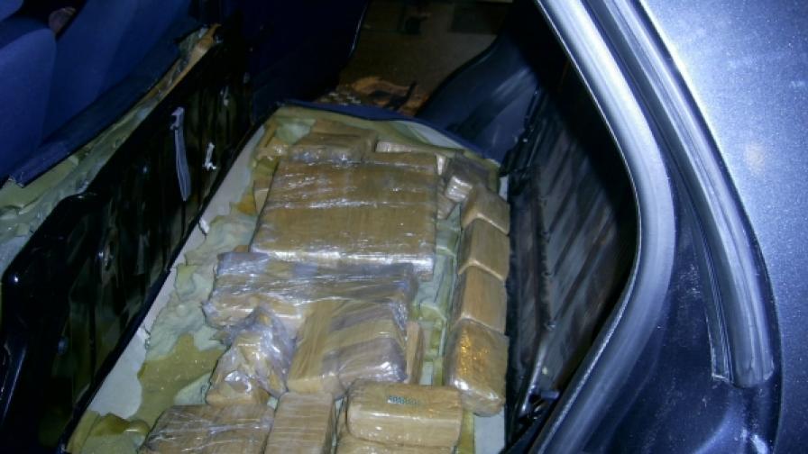 Официално: Над 300 хил. наркозависими в България