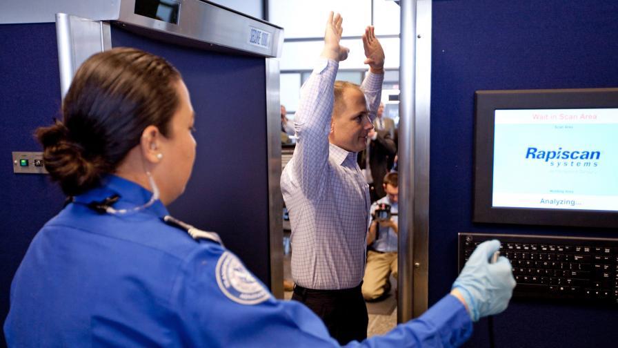 Скенерите по летищата - с 20 пъти по-силна радиация