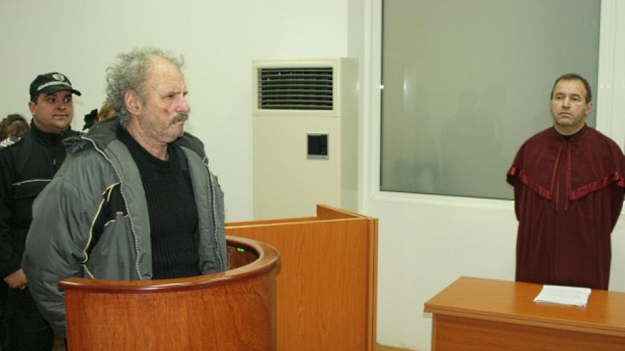 19 години затвор за убийство на полицай