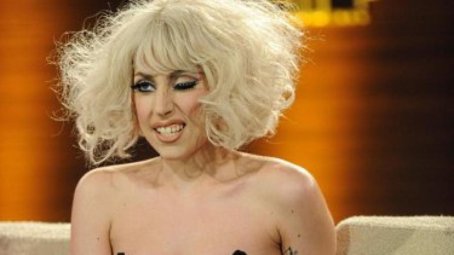 """Лейди Гага - рекордьорка във """"Фейсбук"""""""