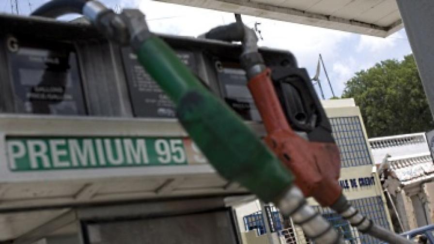 Най-скъпият бензин в ЕС – в Гърция