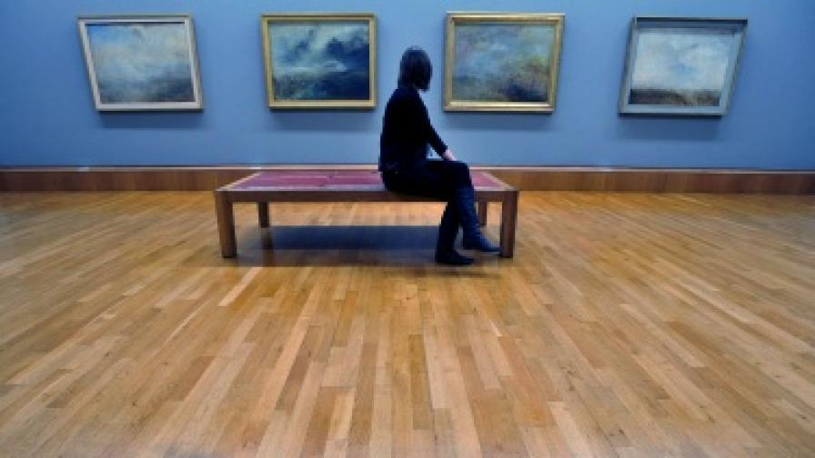 Откраднати български картини открити в Лондон