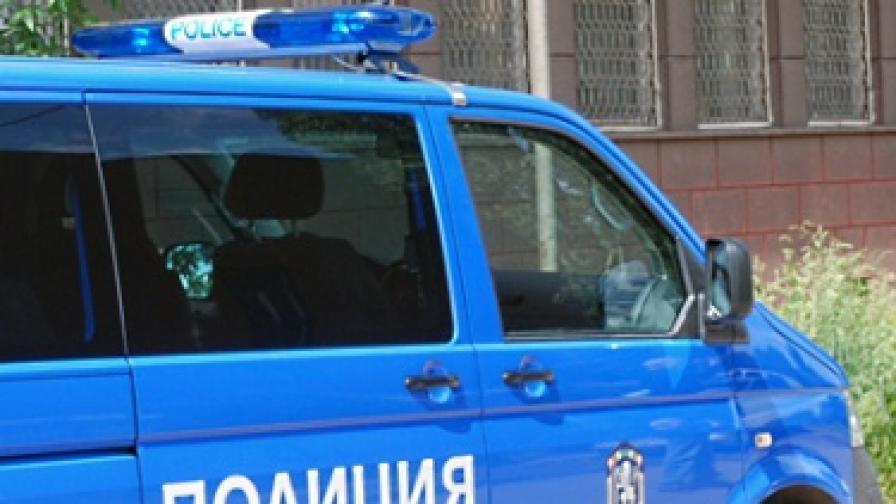 Издирват убиеца на две възрастни жени в Плевенско