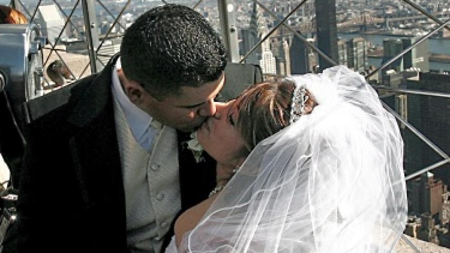 Бум на фиктивните бракове на Острова