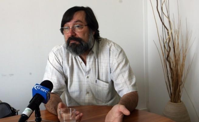 Археолози: Божидар Димитров злепоставя България