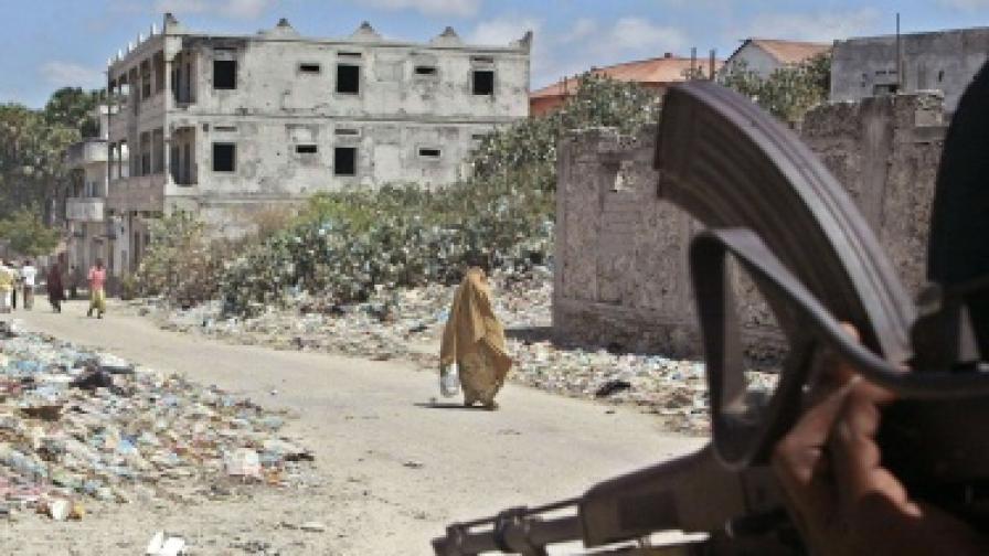 По улиците на Могадишу оръжията са обичайна гледка