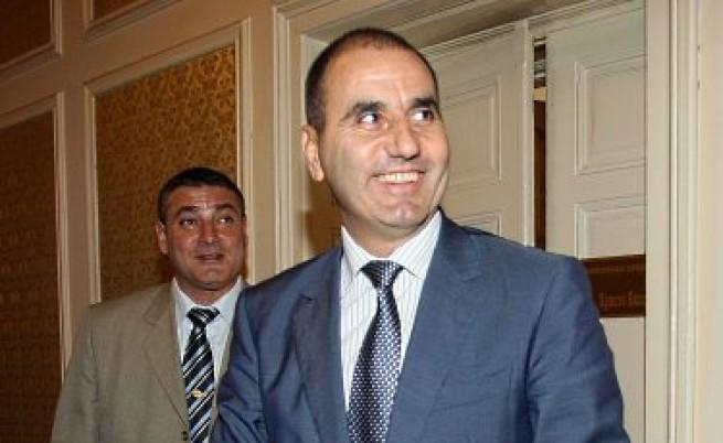 Цветанов: Четирима поръчвали убийства на