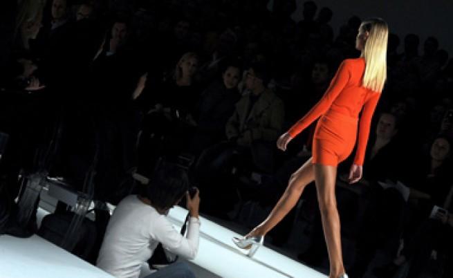 Ярки цветове на модния подиум в Милано