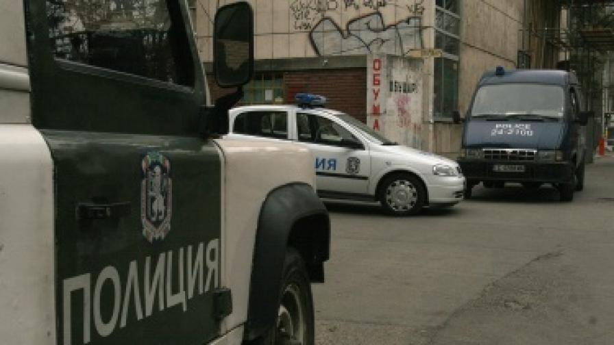 Служител на НСО блъсна полицай с колата си