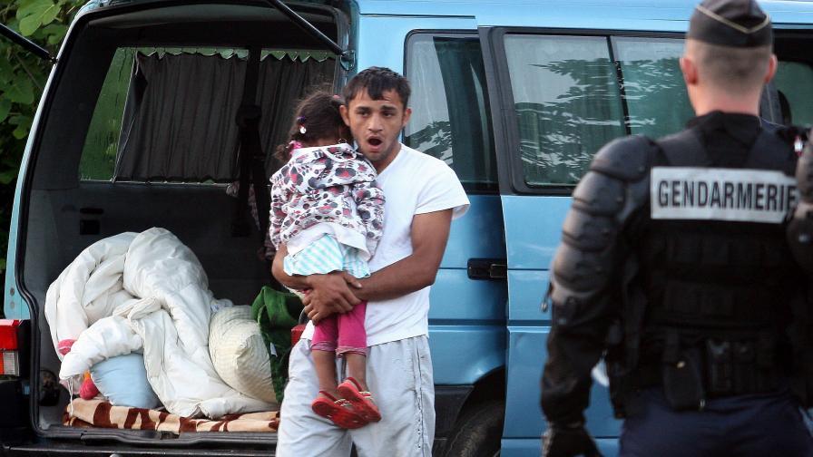 Франция: Край на използваните по улиците деца