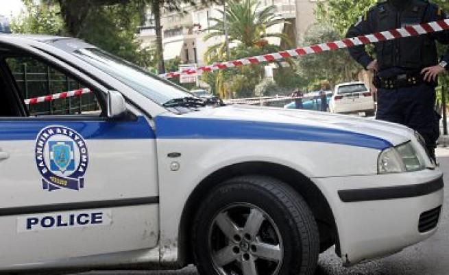В Гърция откраднаха камион с имигранти от полицаи