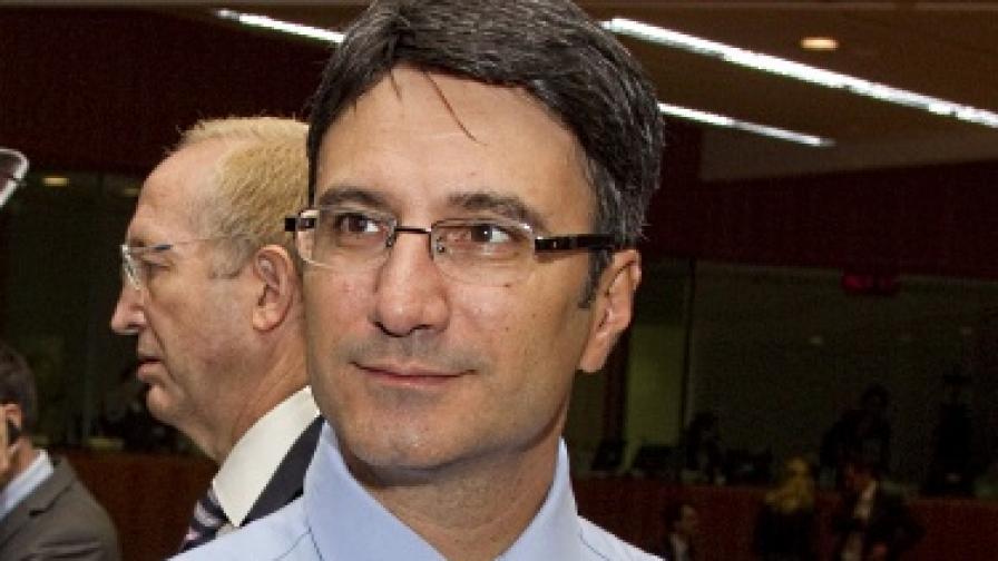 Трайков предрече загуби от 15 млн. лв. заради ремонта на VI блок
