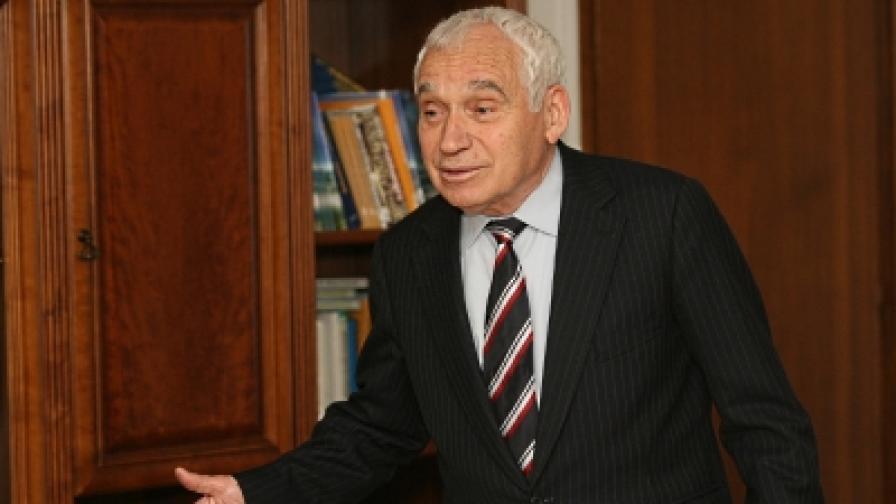 Президентът Желев: АБВ не съответства на времето
