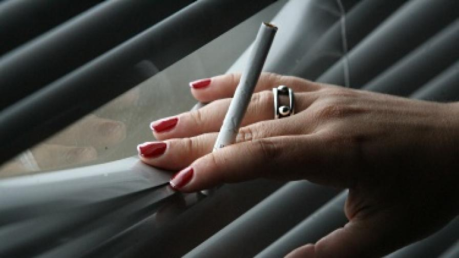 Всяка трета кутия цигари е контрабанда