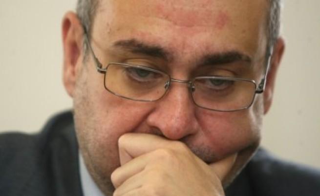 Борис Велчев притеснен от неуспеха по знакови дела