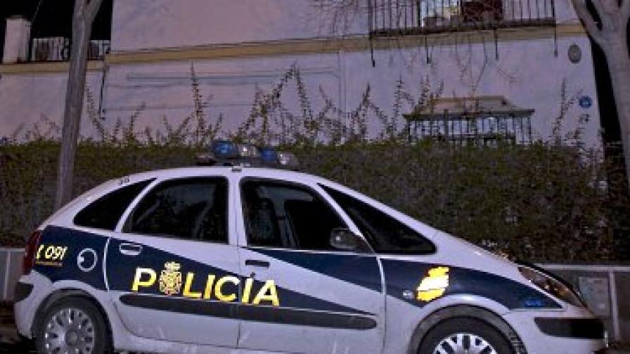 Испанските полицаи залавят наркотици с тонове