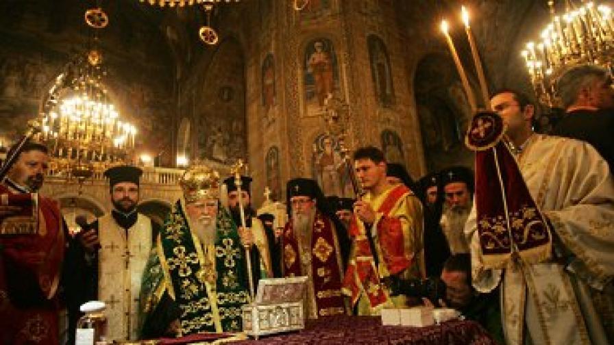 Трябва още работа по религиозните свободи в България