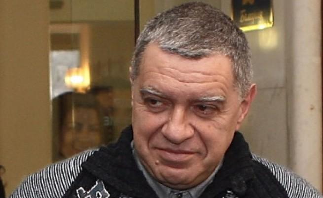 Проф. М. Константинов: Тече парламентарен цирк!