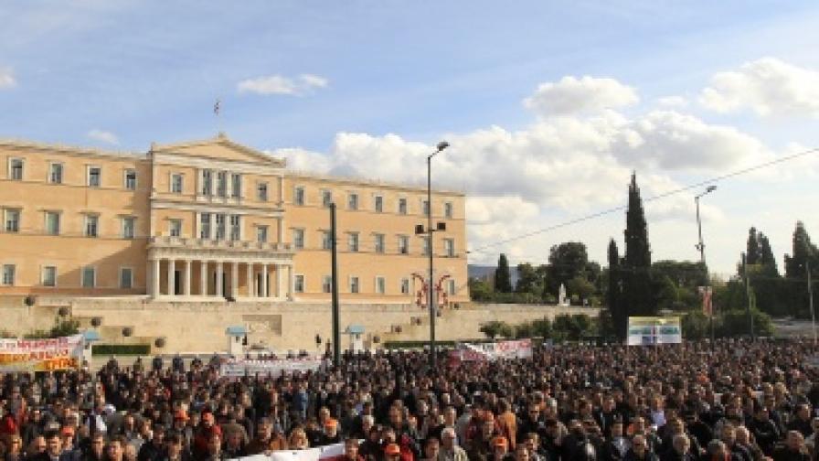 Армагедон за заплатите в Гърция