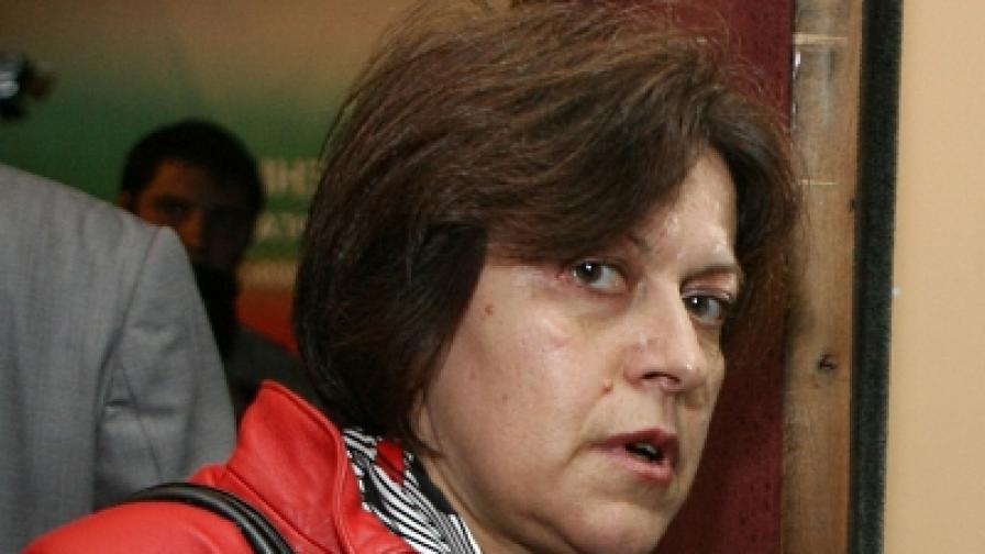 Татяна Дончева: И Първанов, и Борисов са обвързани с бившата ДС