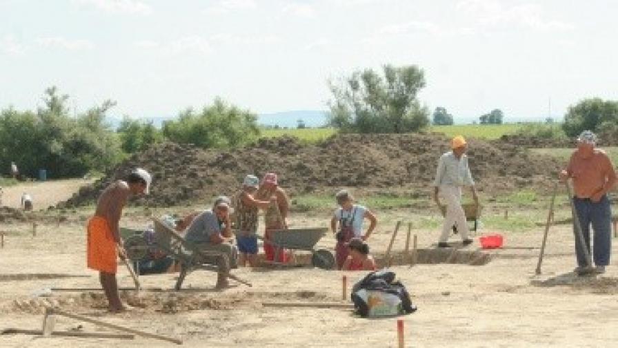 Откриха човешки останки на 400 хил. години