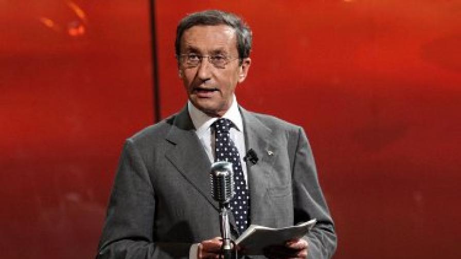 И врагът на Берлускони в сексскандал