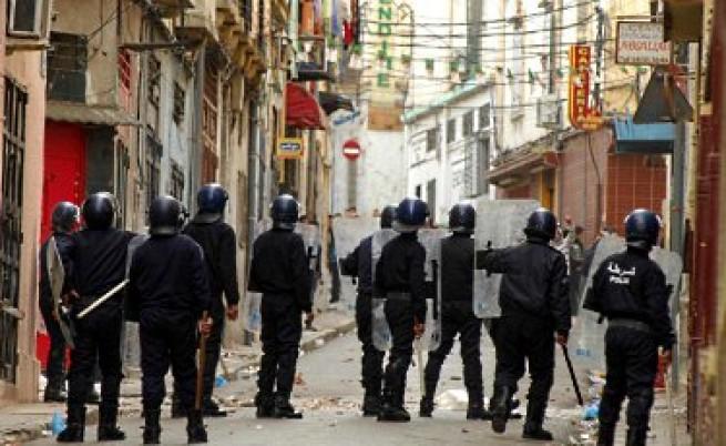 В Алжир намалиха цените и положението се нормализира