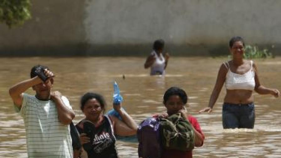 96 жертви на наводненията в Бразилия