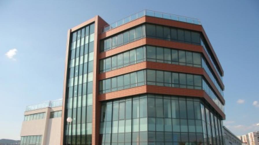 Бизнес комплекс в гр. Варна ПЗ Метро, напълно завършен и функциониращ с разрешение за ползване от август 2007 г.