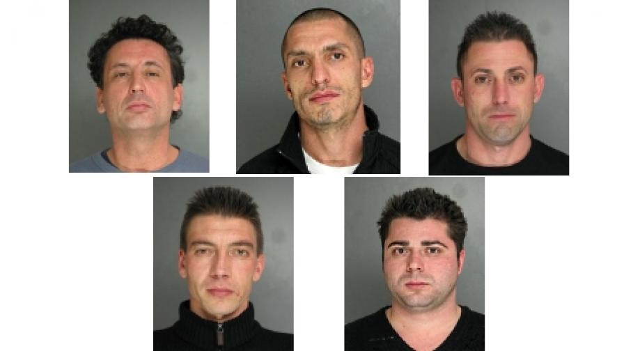 Българите, заловени в Пенсилвания за източване на банкови сметки през банкомати