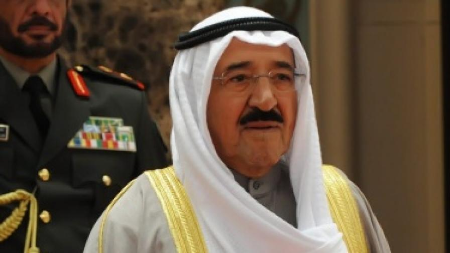 Кувейт: Пари и безплатна храна на калпак