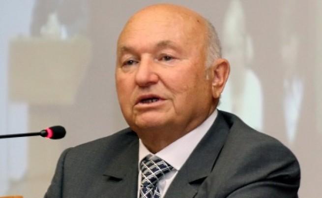 Лужков иска да емигрира, Тимошенко - не