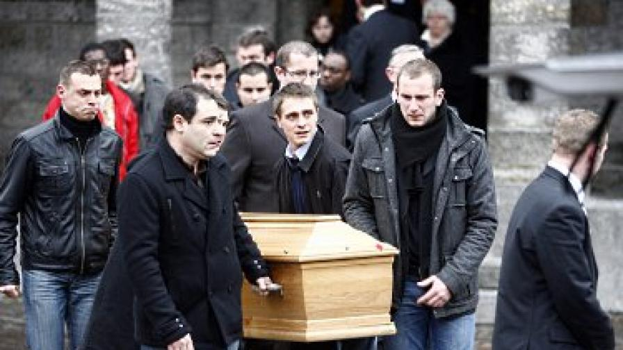 Бин Ладен заплашва Франция